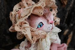 Кошка Остары Пышка